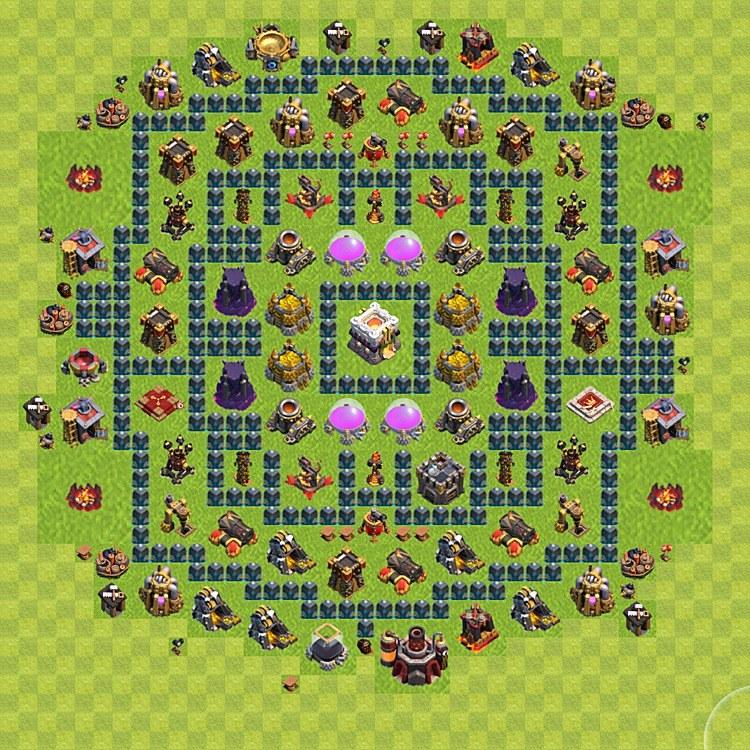 Возведение защиты в игре Clash of Clans